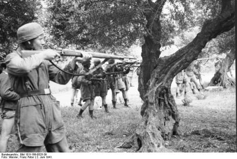 Στο Κοντομαρί Χανίων διαπράχτηκε η πρώτη μαζική εκτέλεση αμάχων στην κατεχόμενη Ευρώπη. Bundes1ccd