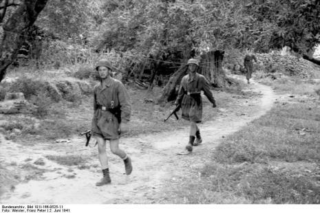 Στο Κοντομαρί Χανίων διαπράχτηκε η πρώτη μαζική εκτέλεση αμάχων στην κατεχόμενη Ευρώπη. Bundes1sds