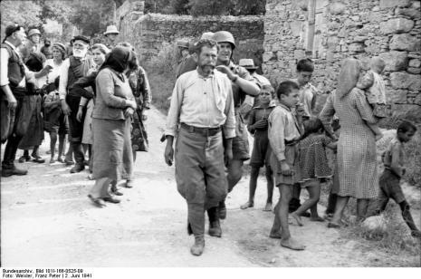 Στο Κοντομαρί Χανίων διαπράχτηκε η πρώτη μαζική εκτέλεση αμάχων στην κατεχόμενη Ευρώπη. Bundes1sw