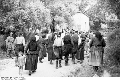 Στο Κοντομαρί Χανίων διαπράχτηκε η πρώτη μαζική εκτέλεση αμάχων στην κατεχόμενη Ευρώπη. Bundes2gtfde